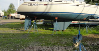 2004 Catalina 42 MkII Starboard One